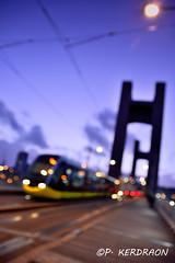 Ombre et lumière sur le pont de Recouvrance (pascalkerdraon) Tags: france bretagne brittany finistere brest pont recouvrance tram nuit lumiere light