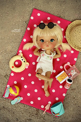 Beach time!!! (Passion for Blythe) Tags: secretdoll secretdollming ming tan tanned beach tiny cute doll bjd