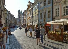 Mostecká (Francisco Anzola) Tags: prague czechrepublic czechia streetlife people lateafternoon spires baroque