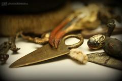 tiny knife of a shaman ... amongst other useful things (photos4dreams) Tags: susannahvvergau photos4dreams p4d photos4dreamz tool tools werkzeug werkzeuge messer knife knifes macro makro handtools handy mondays macromondays hmm