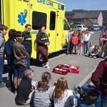 ziekenwagen op bezoek 5de leerjaar