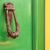 Welcome To Alkmaar (TablinumCarlson) Tags: niederlande netherlands leica m m240 holland nordholland alkmaar north summicron tür grün green yellow gelb türklopfer doorknocker 50mm dof door nederland dutch