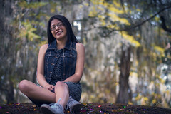 Outdoor portrait (Triny Bulux) Tags: canon capture cameraraw chica outdoor portrait portraits bosque tarde model photo photoshoot photography exposure shoot shooting nature naturaleza face girl