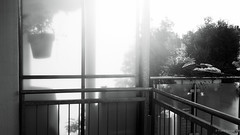Rising sun (frankdorgathen) Tags: tz91 panasonic ruhrpott ruhrgebiet rüttenscheid essen sonnenaufgang sunrise morning schwarzweiss schwarzweis blackandwhite monochrome balkon balcony