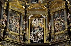 Astorga (León-España). Catedral. Retablo Mayor de 1584, obra de Gaspar Becerra. Cuerpo intermedio (santi abella) Tags: astorga león castillayleón españa catedraldeastorga retablos