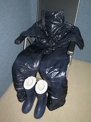Warm summer outfit (Warm Clothes Fetish) Tags: slave apron maid waitress niqab hijab burka chador sweat torture coat boots warm hot