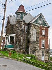Abandoned House, Fairmont, WV (Robby Virus) Tags: fairmont westvirginia wv abandoned house home victorian ivy vines plants ruins architecture