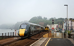 800034 & 150232 Dawlish 30/05/2018 (Flash_3939) Tags: 800034 150232 class150 sprinter dmu dieselmultipleunit class800 iet hitachi bimode unit iep greatwesternrailway gwr test training run 2f41 dawlish dwl station foss freedomofsevernsolent rail railway train uk may 2018