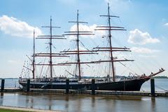 Seestadtfest Bremerhaven (Sebastian..Mal) Tags: schiffe bremerhaven bremen weser segel taue sony a6300 seestadtfest seestadtfestbremerhaven hafen