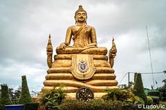 Statue au Big Buddha (Lцdо\/іс) Tags: buddha buddhisme big phuket patong thailande thailand thaïlande thalandia south east asia asian asie statue travel vacation gold golden voyage lцdоіс