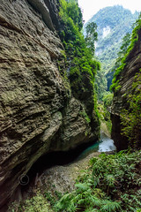 Chongqing-180129-129 (Kelly Cheng) Tags: asia china chongqing longshuicanyon longshuixiafissuregorge northeastasia southchinakarstwulongkarstunescoworldheritagesite unescoworldheritagesite wulong wulongkarstnationalgeologypark canyon color colorful colour colourful day daylight gorge karst landscape nature nopeople nobody outdoor river tourism travel traveldestinations water 武隆喀斯特 龙水峡地缝