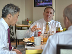 Secretary Pompeo's Working Breakfast With Senior Advisors in Singapore (U.S. Department of State) Tags: singapore northkorea dprk secretarypompeo mikepompeo heathernauert