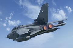Tonka DSC04429 (davcat007) Tags: raf torado gr4 royalairforce marham cosford airshow aviation militery aircraft action