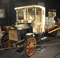 1912 Burford lorry with milk and cream cans (D70) Tags: 1912 burford lorry truck coachhousemuseum feildingsouth palmerstonnorth nikon d700 28300mm f3556 ƒ35 150 6400 283mm manawatu newzealand with milk cream cans