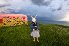 PETITE nORMANDE EN COSTUME TRADITIONNEL (nARCOTO) Tags: graffitis graff graffiti blockhaus bunker normandie normandy lapin rabbit