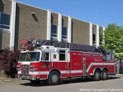 Gresham Fire And Emergency Services Truck 71 (Michael Cereghino (Avsfan118)) Tags: fire truck trucks engine 71 seventy one 7 1 gresham emergency services service ladder and pierce apparatus gfd