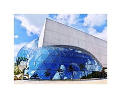 The Salvador Dali Museum (BlueisCoool) Tags: flickr foto photo image capture picture photography nikon coolpic l330 blue architecture building museum art artist artistic hok travel light day florida skyporn artwork artmuseum moderndesign yannweymouth salvadordalí spanishsurrealistpainter 1daliblvd thedalimuseum thesalvadordalimuseum stpetersburgflorida