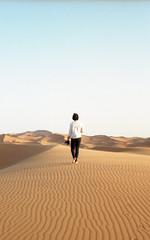 Distance (Lithium Pears) Tags: film analogue kodakportra morocco canonae1program 35mm 135 saharadesert sanddunes ergchebbi desert sand patterns dunes colournegative canon analoguephotography