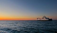 Scandlines (*AdeCo*) Tags: rostock warnemünde ocean ostsee meer nacht nachthimmel sonnenuntergang sundown schiff ship maritim mecklenburgvorpommern