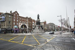 18MAR01 SLYNNLEE-6344 (Suni Lynn Lee) Tags: dublin ireland beastfromtheeast winter snow cold blizzard city street