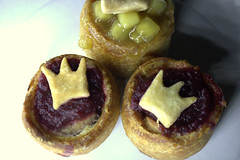 Bramley Apple and Cranberry Sauce Topped Mini Pork Pies (Tony Worrall) Tags: add tag ©2018tonyworrall images photos photograff things uk england food foodie grub eat eaten taste tasty cook cooked iatethis foodporn foodpictures picturesoffood dish dishes menu plate plated made ingrediants nice flavour foodophile x yummy make tasted meal nutritional freshtaste foodstuff cuisine nourishment nutriments provisions ration refreshment store sustenance fare foodstuffs meals snacks bites chow cookery diet eatable fodder bramley apple cranberry sauce topped mini pork pies crown