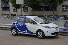 Renault Zoe Arriva Limburg met kenteken NS-164-P in bus station van Sittard 19-05-2018 (marcelwijers) Tags: renault zoe arriva limburg met kenteken ns164p bus station van sittard 19052018
