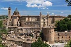 La solita veduta (svlsrg) Tags: svlsrg urbino marche italia palazzoducale montefeltro rinascimento