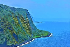 Waipio Valley Lookout (thomasgorman1) Tags: view scenic valley coast mountain cliff lookout viewpoint overlook nikon colors enhanced colorized effects processes hawaii island sea ocean pacific shore