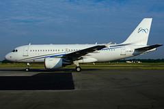 LX-MCO (Global Jet Luxembourg) (Steelhead 2010) Tags: globaljet airbus a319 a319100 a319cj bizjet yhm lxreg lxmco
