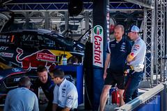 M-Sport engineers discuss damage with Elfyn Evans (optimatprime) Tags: 2018 evans fia msport motorsport portugal rally rallydeportugal servicepark wrc car