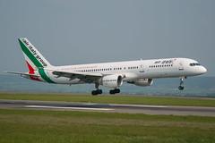 Air Italy - Boeing 757-230 EI-IGA @ Bristol (Shaun Grist) Tags: eiiga airitaly boeing 757 shaungrist brs eggd bristol bristolairport bristollulsgate airport aircraft aviation aeroplanes airline avgeek landing 09