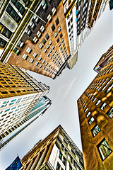 N.Y.C (iñaki preysler) Tags: manhattan skyline newyork ny nyc cty building edificio ciudad casas city street