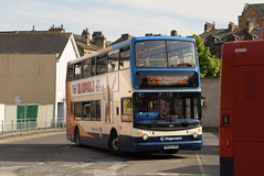 SCNL 18380 @ Lancaster bus station (ianjpoole) Tags: stagecoach cumbria north lancs dennis trident alexander alx400 mx55kro 18380 working route u2 lancaster bus station university