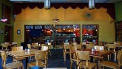 ~Martini's Pizza Kalamazoo~ (~☮Rigs Rocks☮~) Tags: rigsrocks truckerpics dinner martinispizza patio kalamazoo diningarea