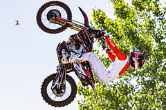 C58R1757 (Nick Kozub) Tags: montreal f1 monster energy compound fmx show demo aerial acrobatic inverted insane trick crazy vertical airborne kissthesky whereisjohannes stunt defy gravity grand prix canada freestyle motocross canon eos 1d x ef usm l 20700 f28 is ii