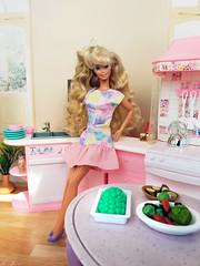 Perfume Pretty Barbie (alenamorimo) Tags: barbie barbiedoll dolls vacation barbiecollector flowerdress dolllife