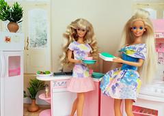 Perfume Pretty Barbie, Bathtime Fun Barbie dolls (alenamorimo) Tags: barbie barbiedoll dolls vacation barbiecollector flowerdress dolllife