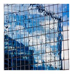 reflets bleus (Marie Hacene) Tags: ladéfense urbain paris reflets immeubles