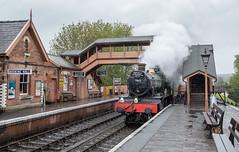 Roaring into Bewdley (michaelgreenhill) Tags: severnvalleyrailway england smoke 7802 bradleymanor train shropshire bewdley locomotive svr railway station steam railwaystation unitedkingdom gb