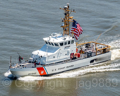 United States Coast Guard Cutter Shrike (WPB 87342), 2018 Fleet Week, New York City (jag9889) Tags: 2018 20180523 aerialview boat bridge bridges bruecke brücke coastguard crossing cutter dhs departmentofhomelandsecurity firstresponder fleetweek fluss gw gwb georgewashingtonbridge hudsonriver infrastructure k007 manhattan ny nyc newyork newyorkcity outdoor patrolboat pont ponte puente punt river ship span structure suspensionbridge uscoastguard usa uscg unitedstates unitedstatescoastguard unitedstatesofamerica uppermanhattan vessel wahi washingtonheights wasser water waterway jag9889