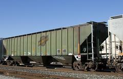 CNW 178178 (imartin92) Tags: emeryville california unionpacific railroad railway freight train cnw chicago north western covered hopper