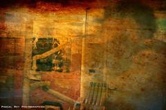 """Quand mes """"déambulations"""" s'exposaient dans le cabinet dentaire de Marianne Paganon... (Pascal Rey Photographies) Tags: exposition exhibition expophoto expositionphotographique expérimentation experiment atomiccolors couleurs colors colres farben cabinetdentaire anneyron drôme drômedescollines france auvergnerhônealpes rhônealpes rhônevalley valléedurhône valléedebièvrevalloire intérieur inside reflections reflets réflections reflex pascalreyphotographies photographiecontemporaine photos photographie photography photograffik photographiedigitale photographienumérique photographieurbaine pascalrey nikon luminar2018 filters d700 popart pop selfies selfportraits autoportrait autoretrato vibrant psychedelic psychédélique surrealiste dadaisme dada danslesrues"""