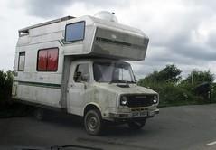 1981 Leyland Sherpa Camper Van (occama) Tags: ghy888x 1981 austin morris leyland bl sherpa camper van motor caravan white dirty british ci international traveller highwayman