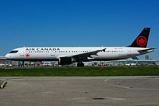 C-GJVX (Air Canada)