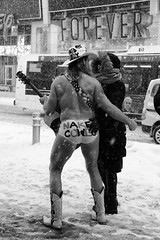 The Naked Cowboy in the snow (erichudson78) Tags: usa nyc newyorkcity manhattan timessquare snow neige smileonsaturday comicscene canoneos6d canonef24105mmf4lisusm streetphotography scènederue 7dwf