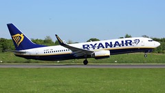 EI-DPY (AnDyMHoLdEn) Tags: ryanair 737 egcc airport manchester manchesterairport 23l