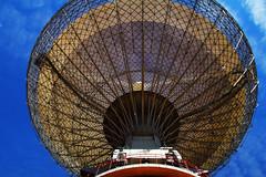 Under the Dish (Ggreybeard) Tags: nsw parkes thedish radiotelescope whatsoninparkes camera structure steel astronomy cosmology australiatelescopenationalfacility atfn observatory