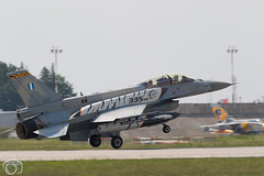 Greek F-16 landing (maclapt0p) Tags: fighter aircraft plane poznan ntm2018 greece f16c falcon poland polen