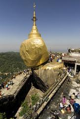 golden rock areal (cih94) Tags: kyaiktiyo pagoda ကျိုက်ထီးရိုးဘုရား myanmar burma burmese buddhism golden rock gold foil monk buddha hair balance granite boulder legend mon state woman tourists tourism pilgrims