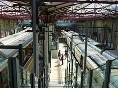 S-Class700-Farringdon-P1460015 (citytransportinfo) Tags: train railway thameslink station platform sunshine farringdon london underground sstock class700